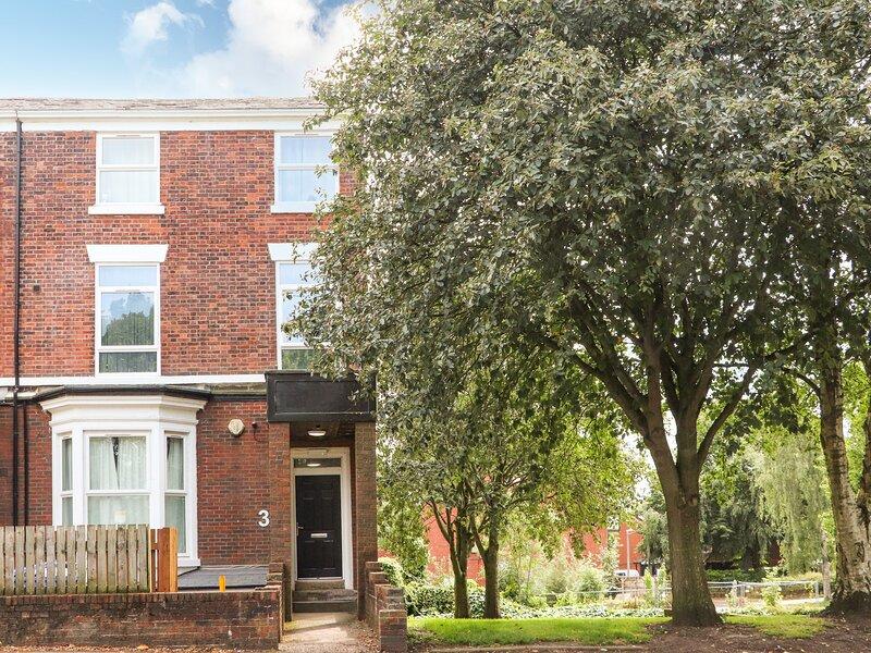 Dandelion, Preston, Lancashire, vacation rental in Chorley