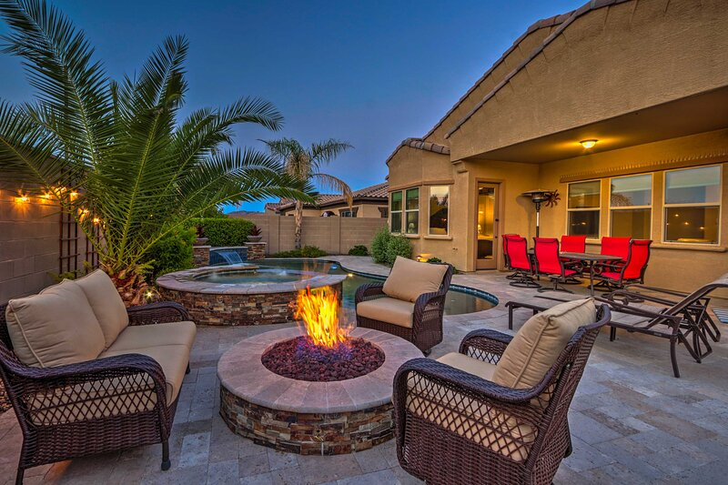 NEW! Luxe Estrella Mountain Abode w/ Private Pool!, holiday rental in Buckeye