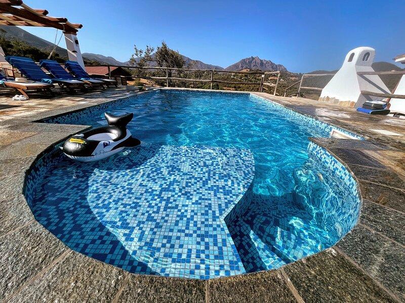 Appartamento casa vacanza 300 mt dal mare sardegna spiaggia, holiday rental in Marina di Tertenia