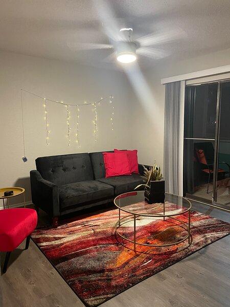 Stylish 1 Bedroom Apartment near AT&T Stadium, location de vacances à Colleyville