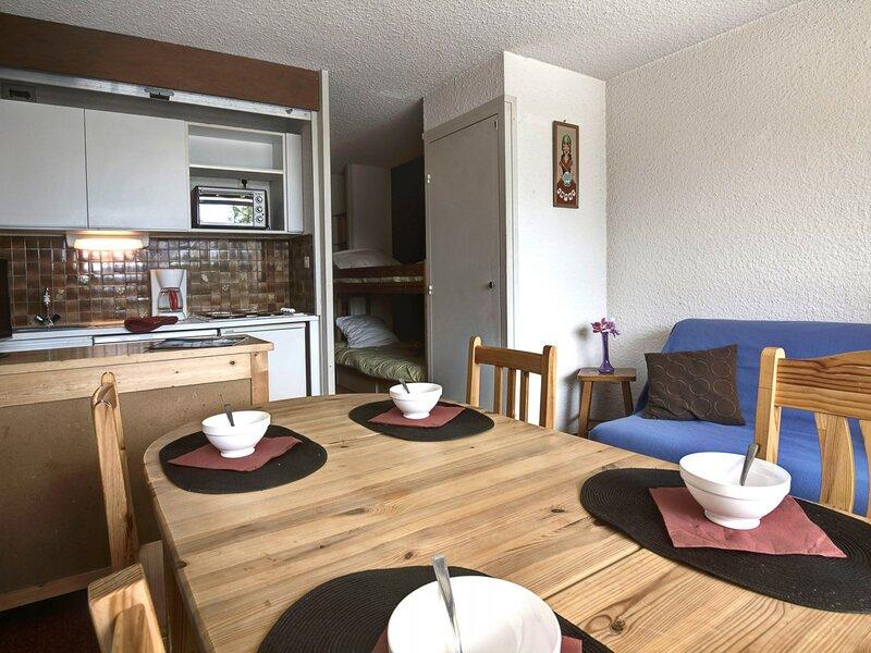 Location vacances en familles 4 personnes . Montgenèvre, vacation rental in Cervieres