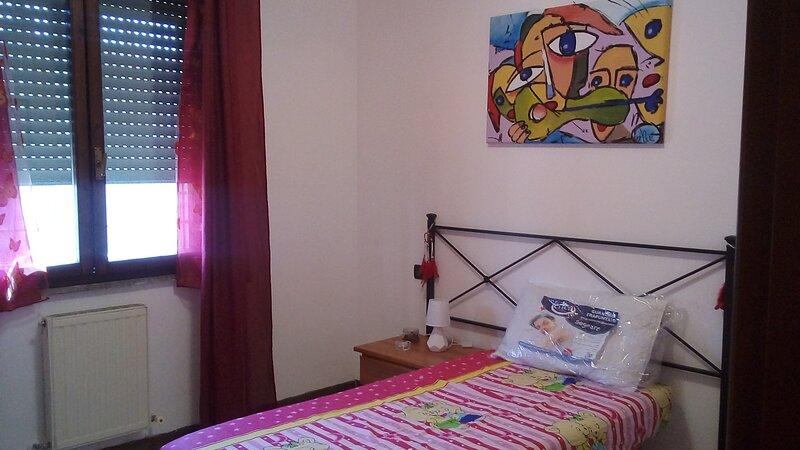 EURelax room, holiday rental in Castel di Leva