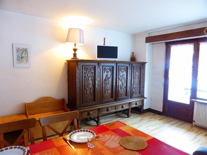Studio pour 4 personnes situé au coeur du village, alquiler de vacaciones en Les Contamines-Montjoie