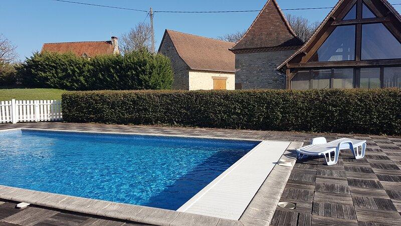 Gite de la Balme maison lotoise typique proche site touristique, alquiler de vacaciones en Le Bourg
