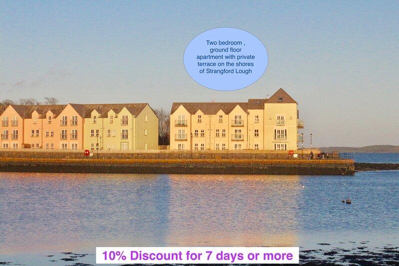 Sea Pigeon- Apartment on the Quay, Killyleagh, location de vacances à Killough