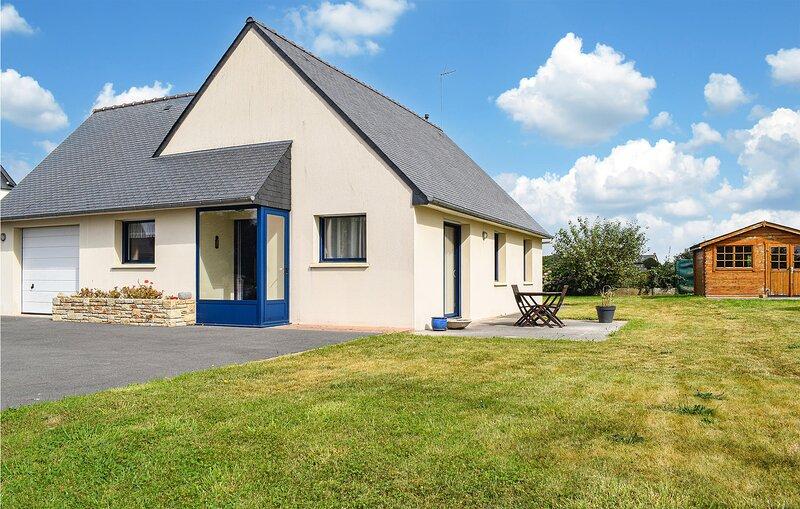 Stunning home in Trélévern with 2 Bedrooms (FBC729), vacation rental in Trelevern