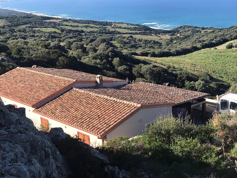 Villa in Sardinia Isola Rossa minutes from beaches, holiday rental in Paduledda