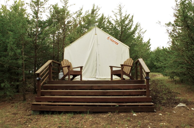 Tentrr Signature Site - Lakeview Hideaway at Blue Vista, holiday rental in Milford