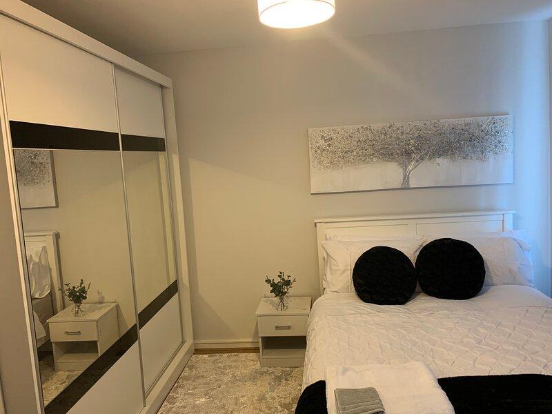 Beautiful 2-Bed Apartment in Ashford, location de vacances à Ashford