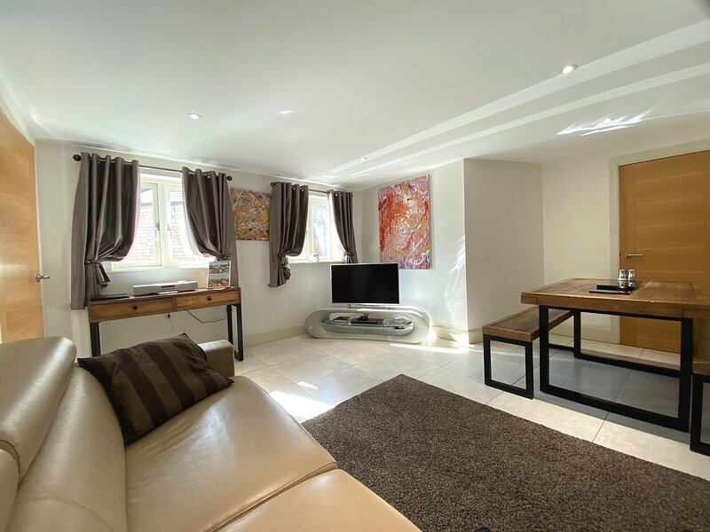 Woollen Cottage, Nailsworth, holiday rental in Amberley