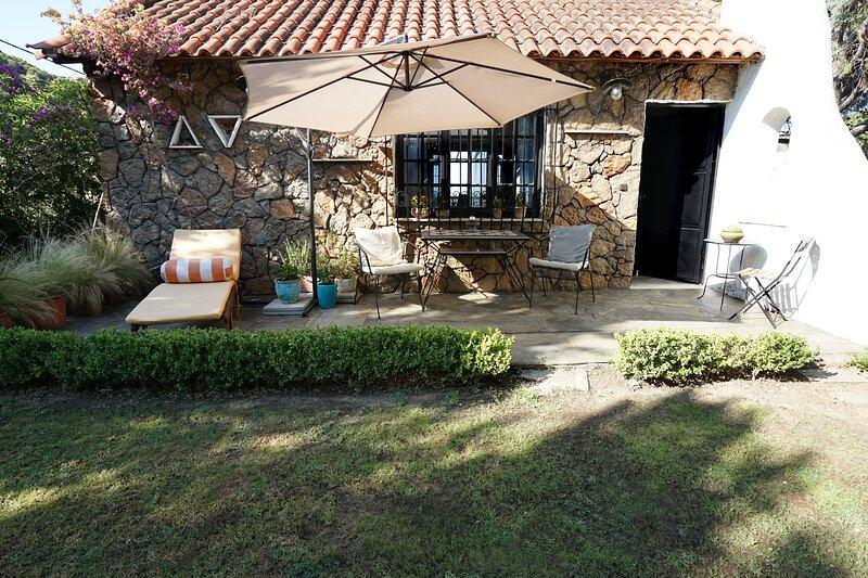 Villa Xenia & Akis, holiday rental in Vravrona