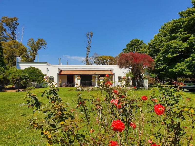 400 sq meters - 3 bedroom, 11 people, WiFi - nature and farm peace.