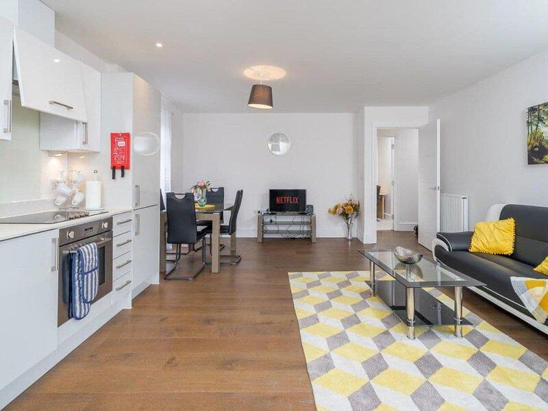 Blake House, holiday rental in Gerrards Cross