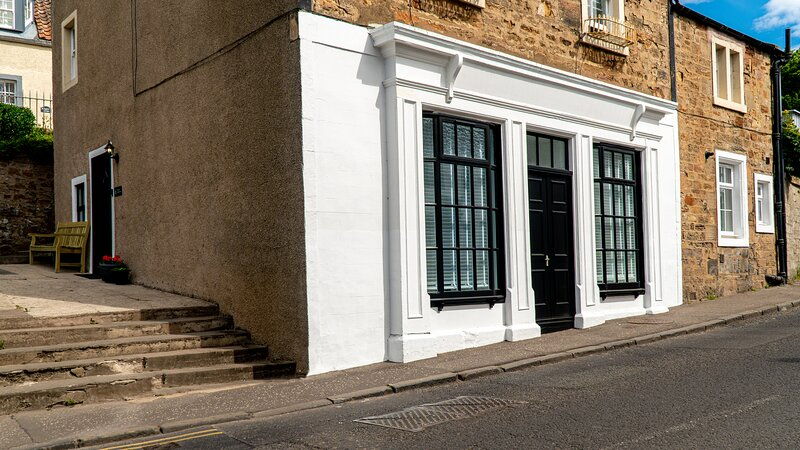The Old Paint Shop Apartment - Centrally Situated, holiday rental in Anstruther