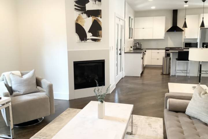 MODERN in ATL close to the CITY!  - New LUXURY ULTRA MODERN in ATL 4BR/3BA / EDG, location de vacances à Scottdale
