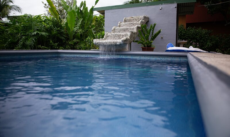 Private House 2story 4bedrooms large pool, holiday rental in Copey