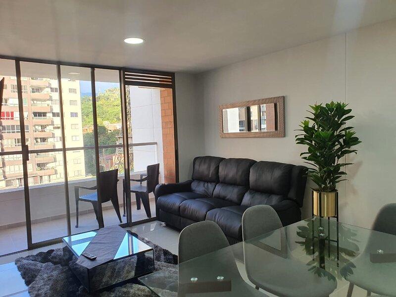 Apartamento en sabaneta con vista a la torre eiffel, casa vacanza a Sabaneta