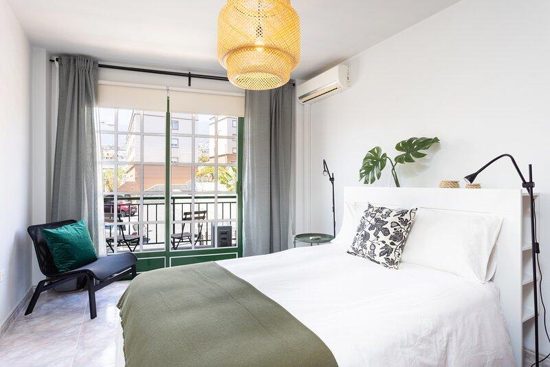 Home2Book Charming Apartment Caletillas, holiday rental in Brillasol