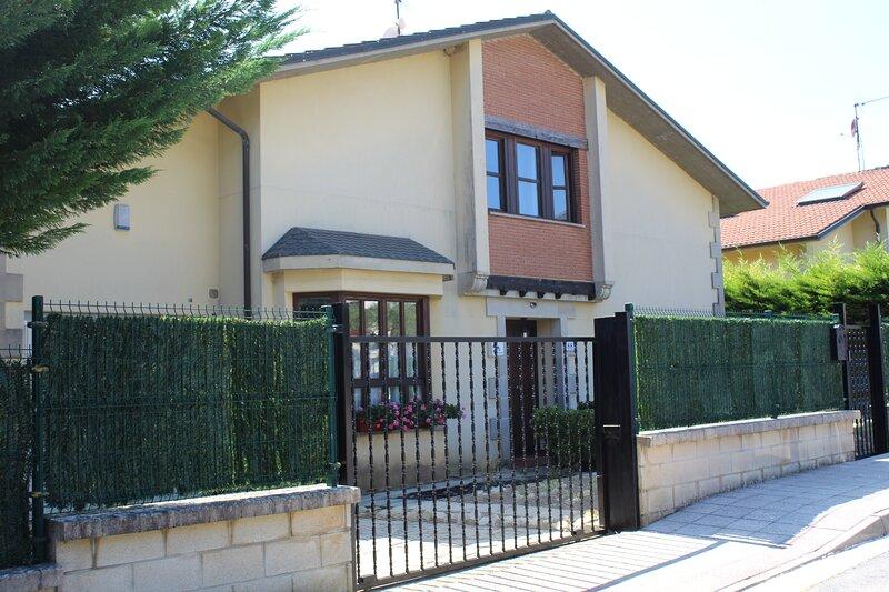 Casa Doroño, Naturaleza y Relax, holiday rental in Murguia