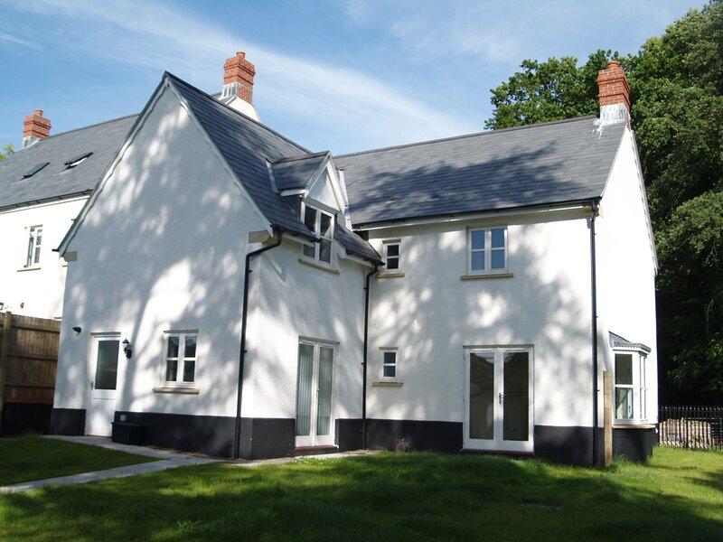 Larchfield Grange, holiday rental in Llanfoist