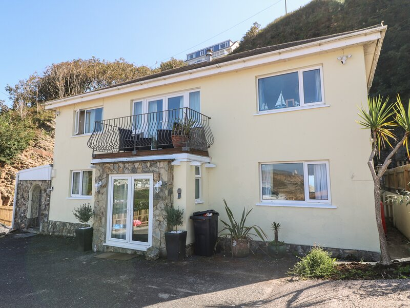 Trungle House, Portreath, holiday rental in Portreath
