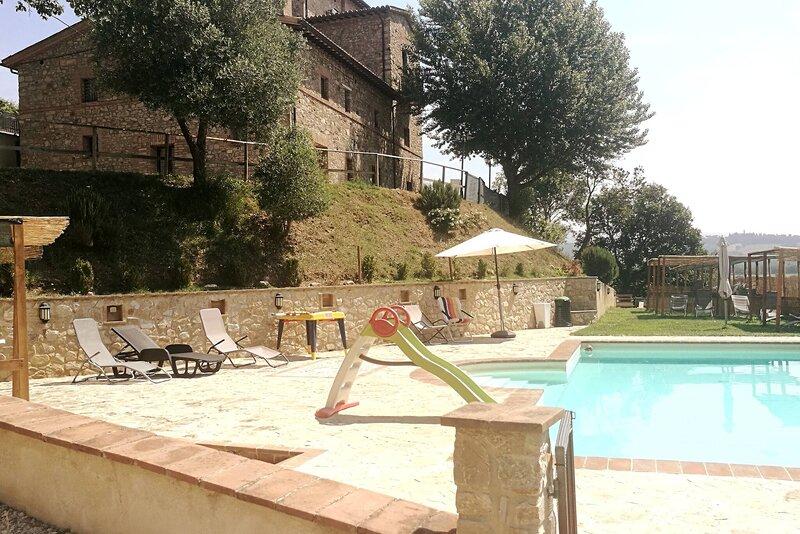 Appto Ortensia 1 Bedroom, Living Room,bathroom, holiday rental in Collelungo