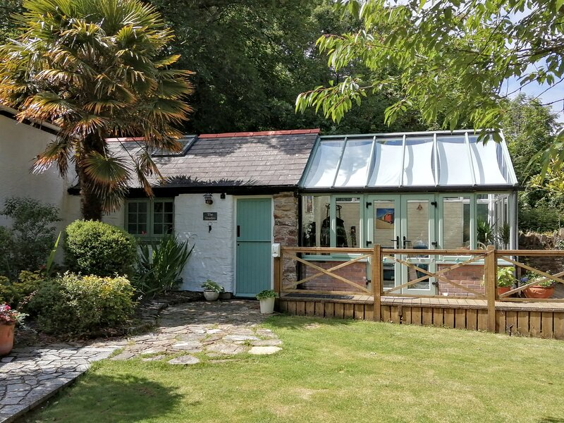 The Studio, Perranporth. Cute cottage, perfect for couples and a dog, alquiler de vacaciones en Perranporth