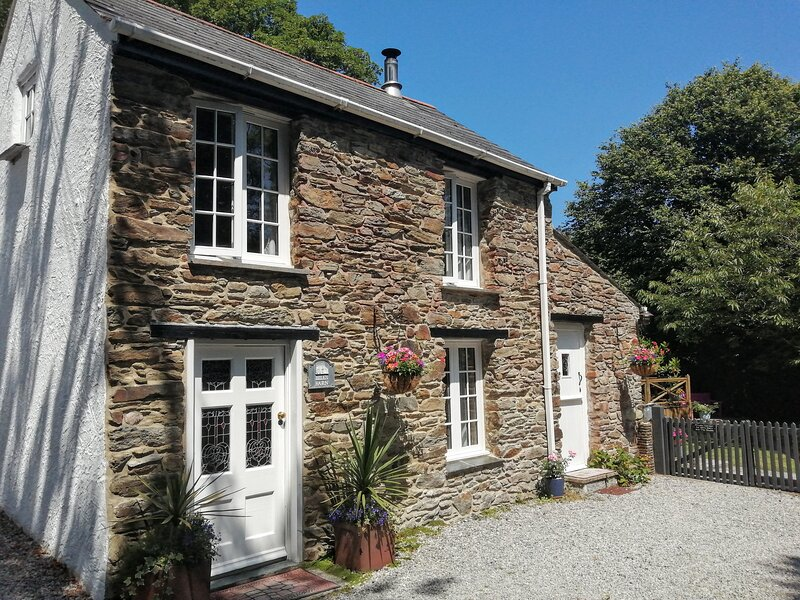 Bill's Barn, Romantic Cottage Nr Perranporth, Sleeps 2, Dog friendly, Log fire, alquiler de vacaciones en Perranporth
