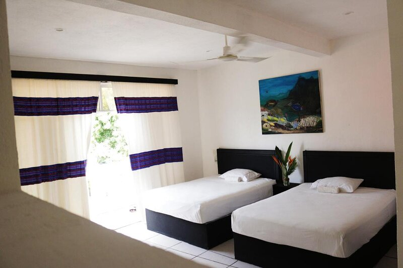 Apartment with blacony and sea view, holiday rental in Brisas de Zicatela