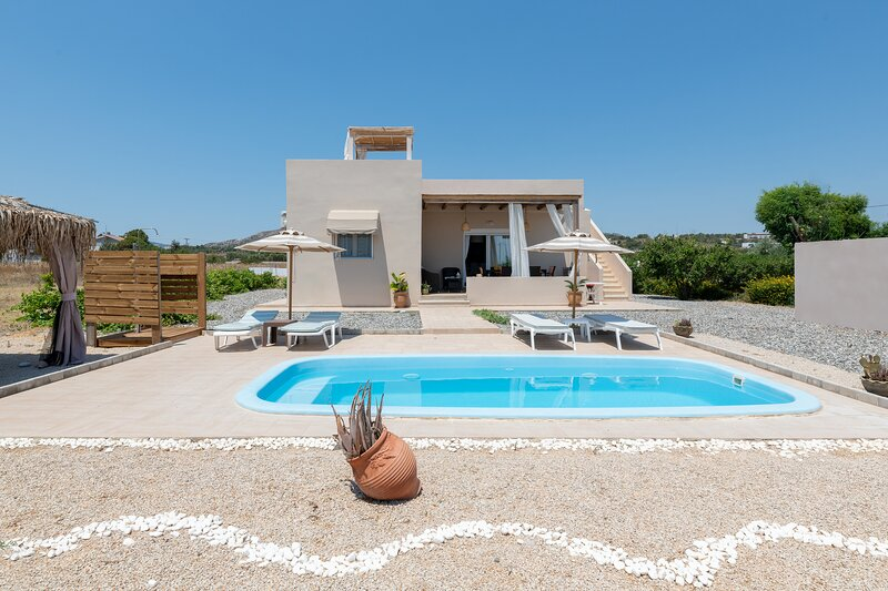Gennadi Serenity House beachfront villa in South Rhodes, vacation rental in Gennadi