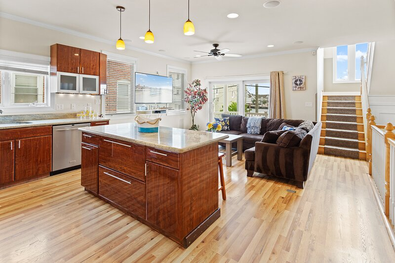 ❤️The Top End Townhomes with Stunning Views On One-Of-A-Kind Rooftop Deck! WOW!❤️, holiday rental in Atlantic City