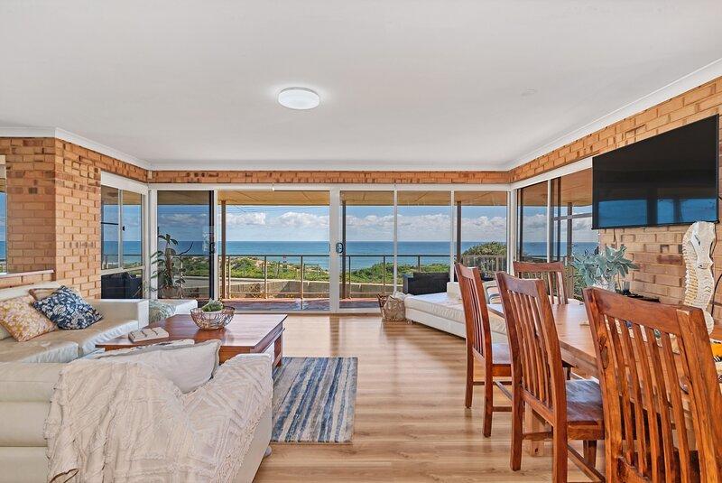 Ocean View Beach House, casa vacanza a North Yunderup