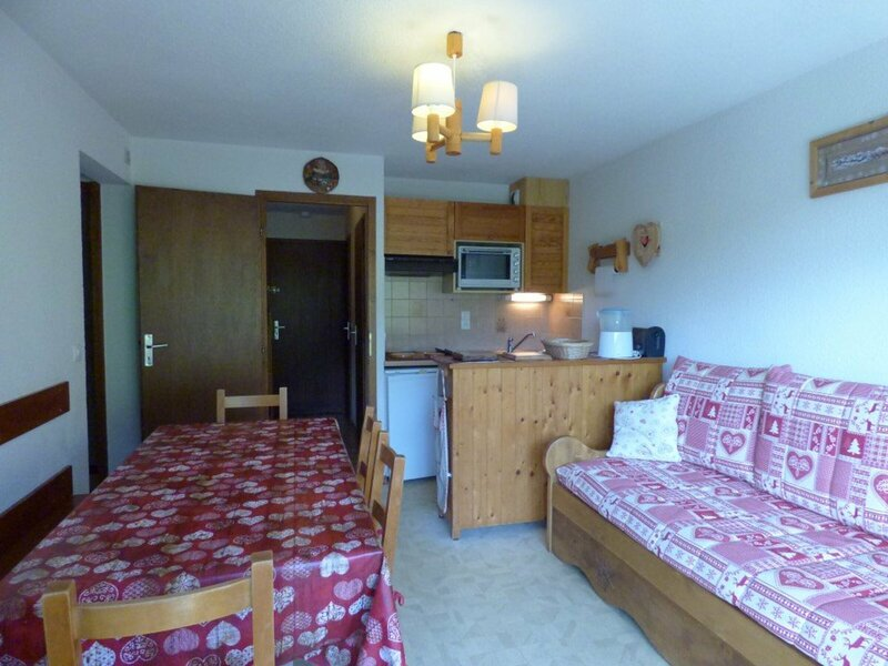 Confortable appartement de 35 m², idéal pour 6 personnes., holiday rental in Brizon