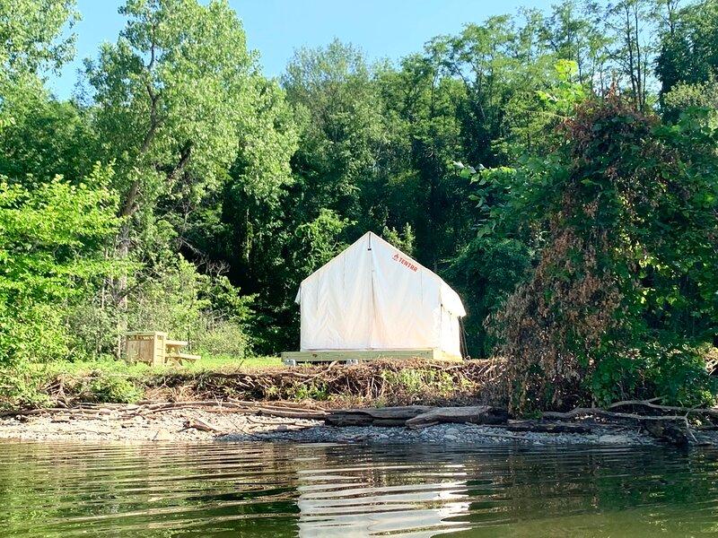 Tentrr State Park Site - NY Canals - Yankee Hill Getaway Site B - Single Camp, aluguéis de temporada em Mayfield