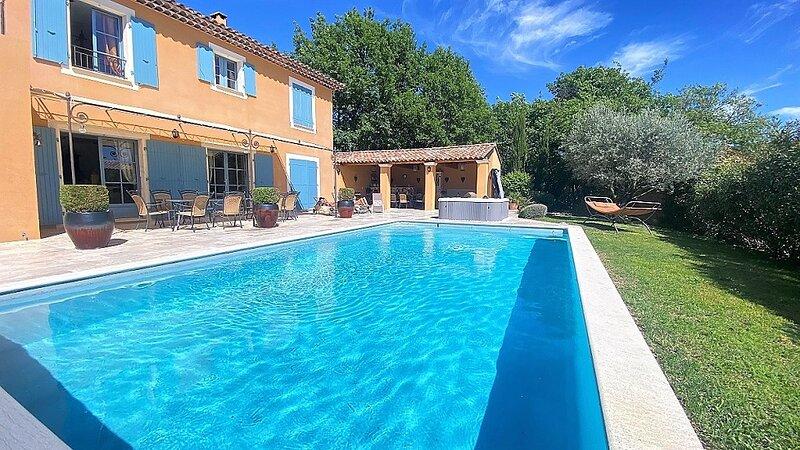 Villa Les Vanels, holiday rental in Villars en Luberon