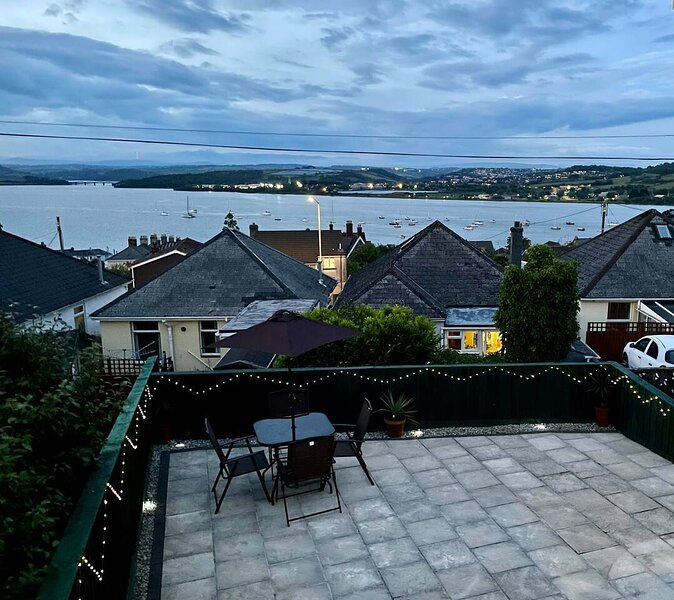 Brilliant base to explore Cornwall and Plymouth, holiday rental in Tamerton Foliot