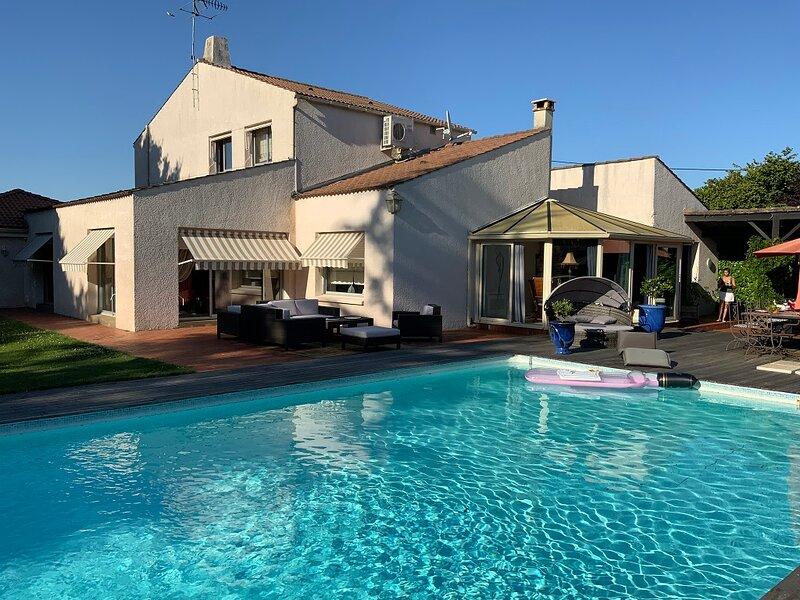 Villa Ravel, location de vacances à Saint-Jean-de-Beugné