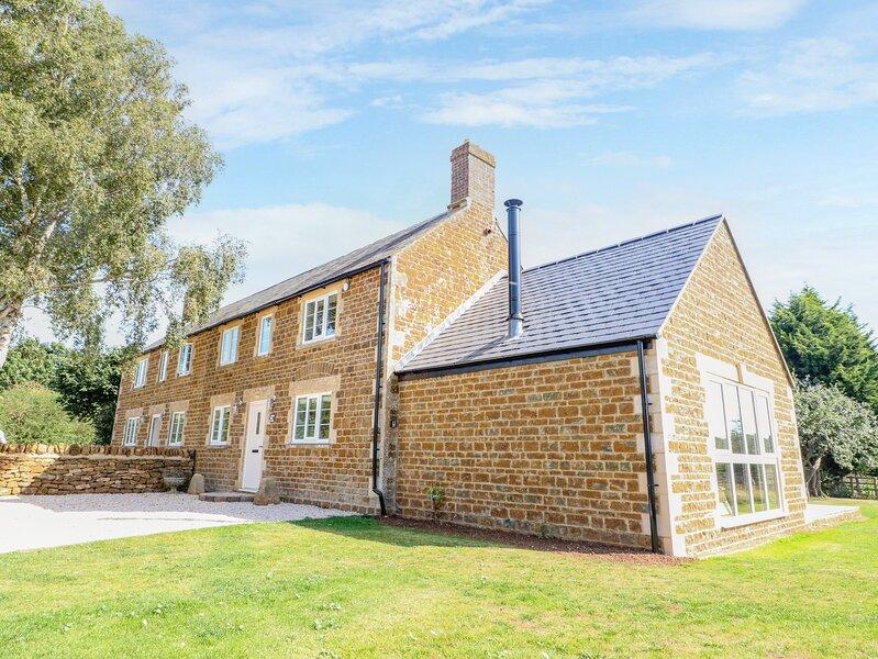 Manor Farm Barn 2, Hook Norton, vacation rental in Sibford Gower