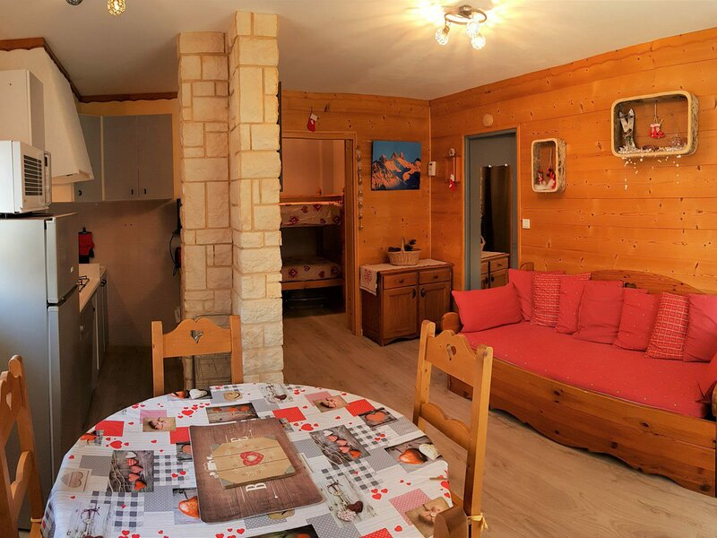 5pers - 37m2 - Sud, holiday rental in Saint-Jean-de-Maurienne