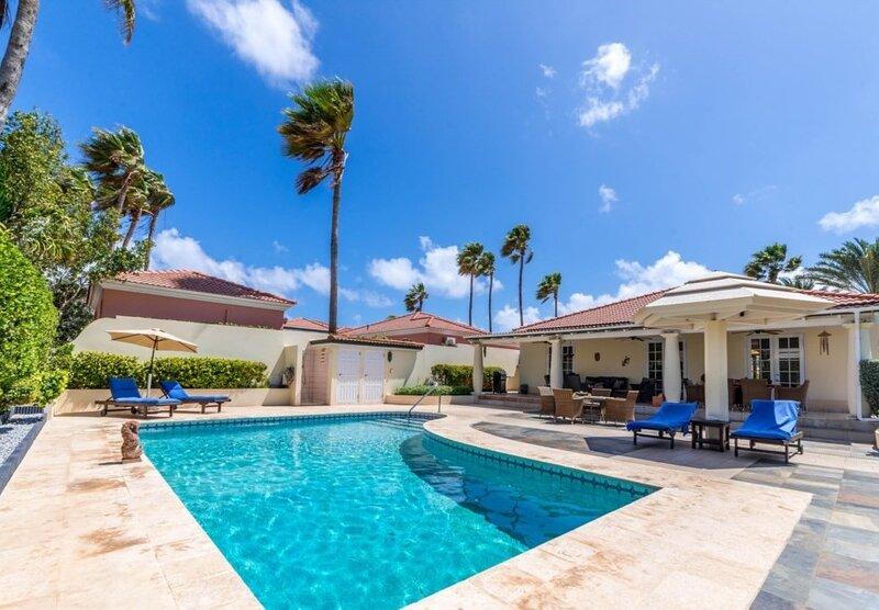 Tierra Del Sol Villa- Private Pool / Golf Course, holiday rental in Arashi