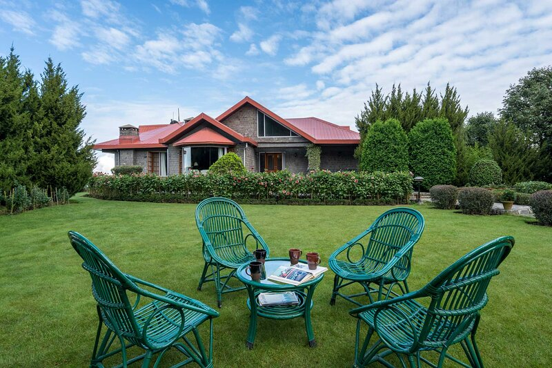 Jagheri Bagh by Vista Rooms, vacation rental in Chail