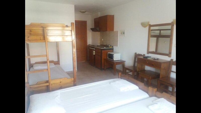 simple hostel The Simple Hostel In The Heart Of Kalamata, vacation rental in Artemisia