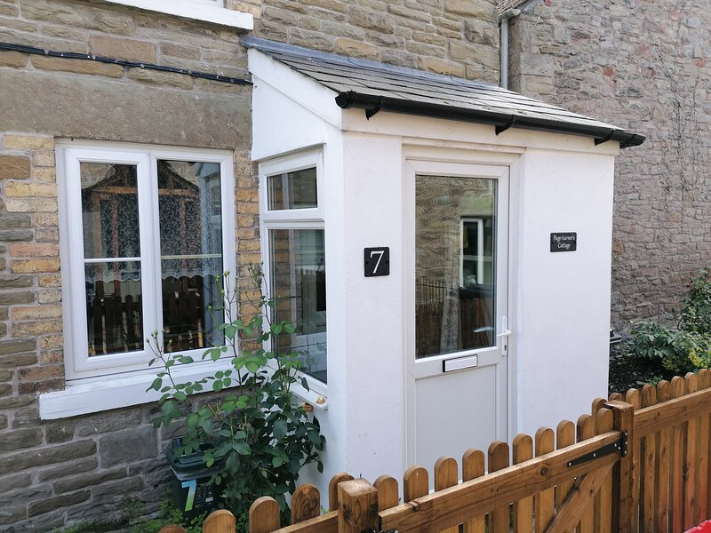 Page-turner's Cottage, Hay-On-Wye, holiday rental in Whitney-on-Wye
