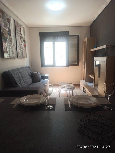 Apartamento recién reformado, holiday rental in As Madorras