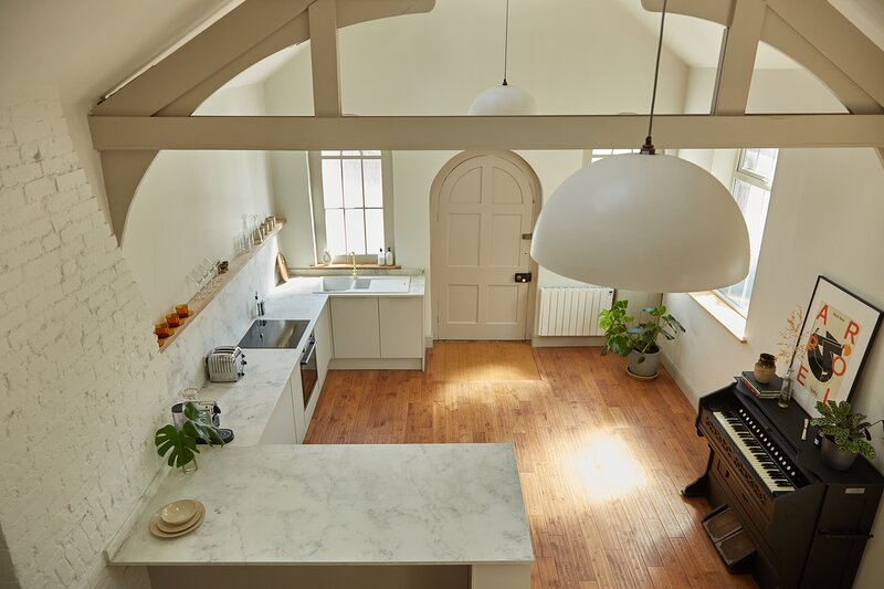 Stylish chapel conversion, vacation rental in Gissing