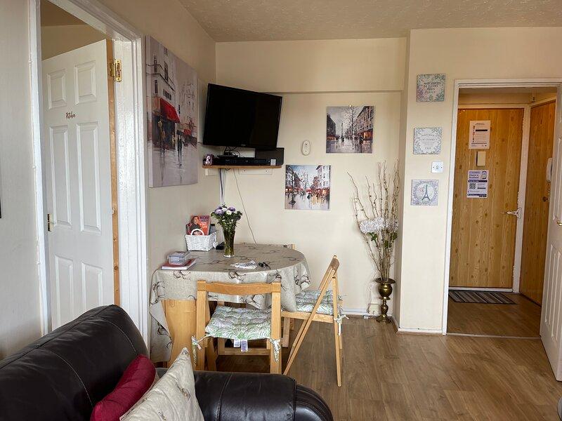 Aberdeen City Centre Apartment & Private Balcony, casa vacanza a Aberdeen