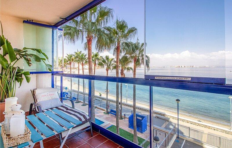 Stunning apartment in Cartagena with Outdoor swimming pool, WiFi and 1 Bedrooms, alquiler de vacaciones en Cabo de Palos