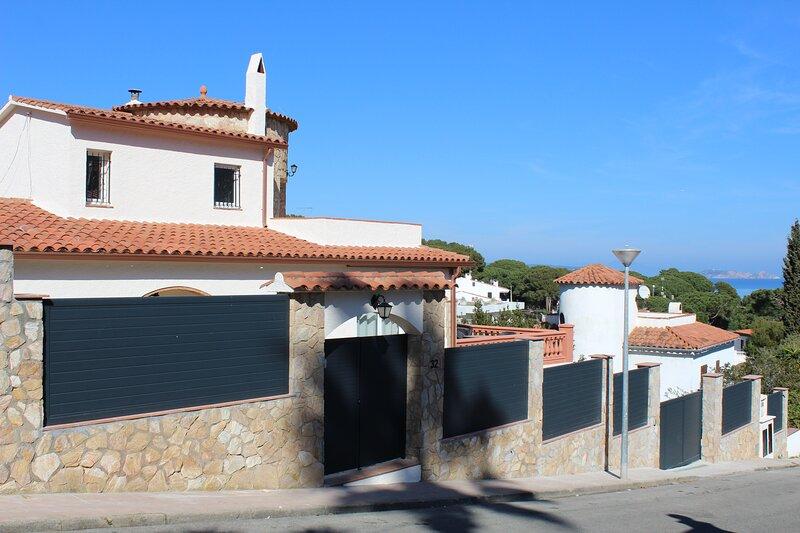 Casa Mojo, holiday rental in Platja de Sa Riera