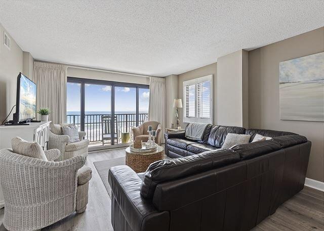 Oceanfront  3BR/2BA in Springs Towers Walk to Beach Bars, Restaurants & More, location de vacances à Longs