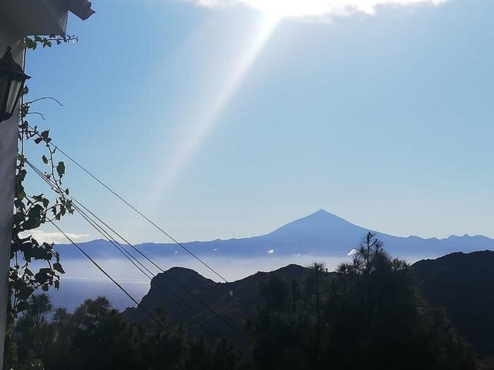 House Hermigua terrace and mountain views, aluguéis de temporada em Hermigua